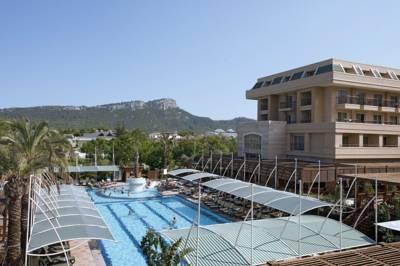 هتل کریستال دلوکس
