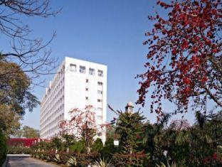 هتل کلارکز امر