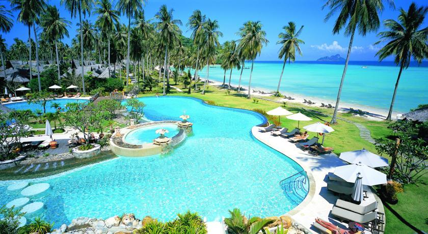 هتل فی فی آیلند ویلج بیچ ریزورت