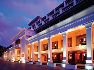 هتل دوسیت دی تو ریزورت