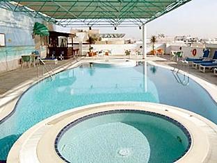 هتل سان اند سندز کلاک تاور