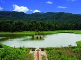 پیشنهاد ایرانگردی: دریاچه رویایی و شگفت انگیز عباس آباد