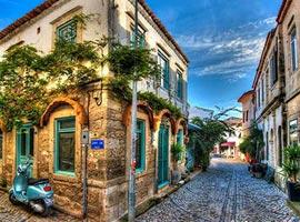آلاچاتی ، شهری بسیار زیبا و متفاوت در ترکیه + تصاویر