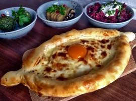 با این 12 خوراکی ، عاشق گرجستان می شوید !