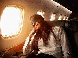 راهکارهایی برای خوابیدن بهتر در هواپیما