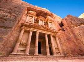 کشف یک بنای تاریخی مخفی در شهر پترا