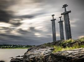 شمشیر در سنگ ، یادبود صلح در نروژ