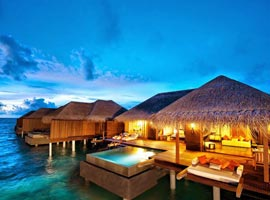 سفر عجیب و پرماجرا به مالدیو (سفرنامه)