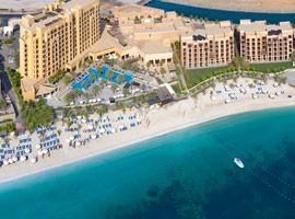 هتل دابل تری بای هیلتون ریزورت اند اسپا جزیره مرجان ، راس الخیمه
