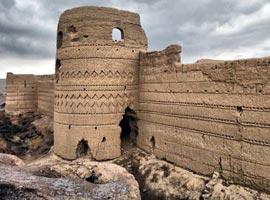 گردشگری در قلعه دزدها + تصاویر