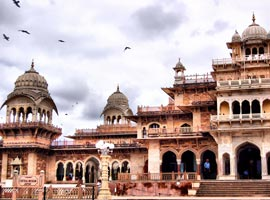راهنمای سفر به جیپور (هند) و جاذبه های گردشگری آن