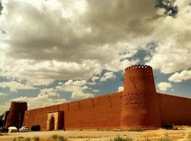 ارگ گوگد، دومین بنای بزرگ خشتی ایران در گلپایگان و اعجازش!