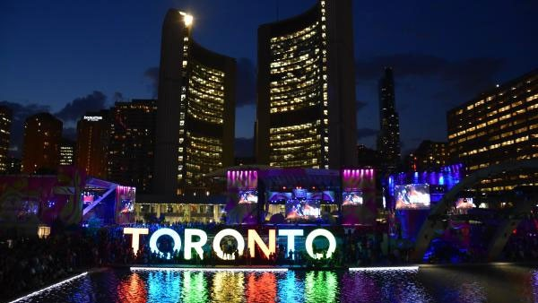 با تورنتو و جاذبه های دیدنی آن آشنا شوید + تصاویر