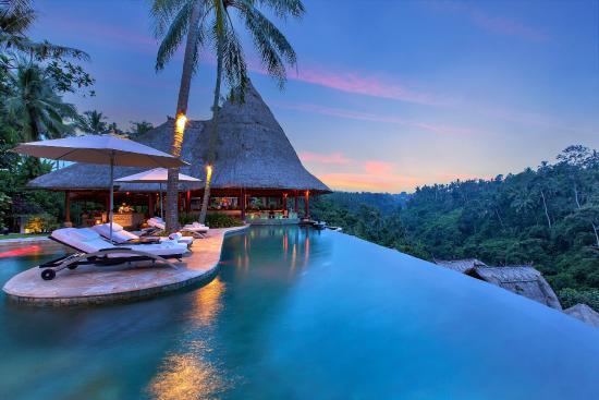 جاذبه های گردشگری و راهنمای سفر به بالی + تصاویر